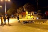 Xe máy vượt đèn đỏ, 2 người chết