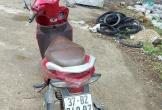Người đàn ông ở Nghệ An để lại xe máy, treo cổ tự tử sau khi đi đám cưới