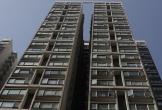 Bé trai tử vong sau khi rơi từ tầng 15 chung cư ở Hong Kong