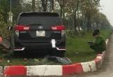 Ôtô tông liên hoàn khiến 3 người thương vong