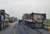 Quảng Bình: Ùn tắc trạm BOT Quán Hàu do xe tải nổ lốp gây cháy