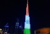 Video: Tháp cao nhất thế giới thắp sáng cờ Ấn Độ, cổ vũ chống đại dịch COVID-19