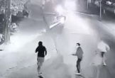 Nam thanh niên nghi cầm súng bắn nhiều phát vào nhóm người truy đuổi