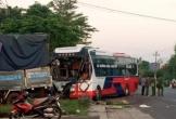Xe tải đấu đầu xe khách trên quốc lộ, một phụ nữ tử vong