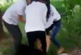 Nhóm nữ sinh lớp 8 hành hung, lột áo nữ sinh lớp 9 quay clip đăng mạng xã hội vì... 'yêu'
