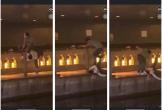 Phẫn nộ clip nam thanh niên thản nhiên livestream cảnh 1 nạn nhân bị đẩy ngã xuống sông ở Nhật Bản: